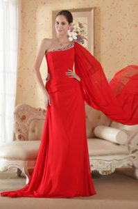 Asymmetrical Beaded Floor-Length Homecoming Dress with One-Shoulder Watteau