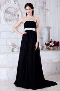 Black Empire Brush Train Strapless Vintage Homecoming Dress with Beaded Belt