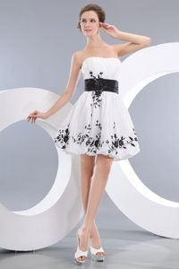 White Princess Strapless Mini-Length Appliqued Homecoming Dress for Prom