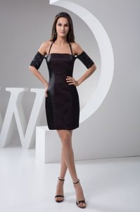 Lace and Halter Accent on Black Mini-length Homecoming Dresses
