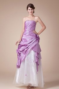 Lavender A-Line Princess Strapless Homecoming Court Dresses in Fl