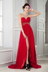 Red Empire Sweetheart Brush Train High Low Homecoming Dresses
