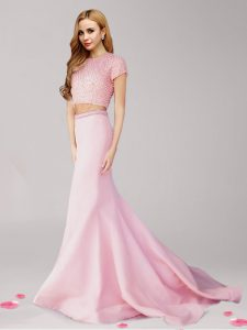 High End Scoop Pink Satin Zipper Homecoming Dresses Short Sleeves With Brush Train Beading